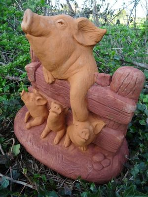 Vintage French Hand Finished Stone Mother Pig U0026 Piglets Animal Garden  Ornament
