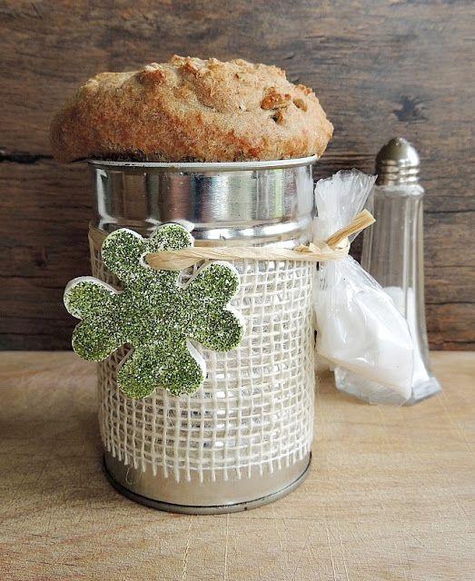 brot und salz zum einzug verschenken bread salt. Black Bedroom Furniture Sets. Home Design Ideas