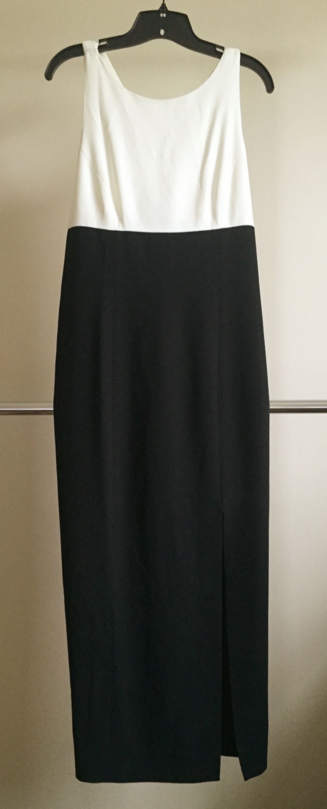 Black And White Floor Length Formal Dress By Liz Claiborne Size 10