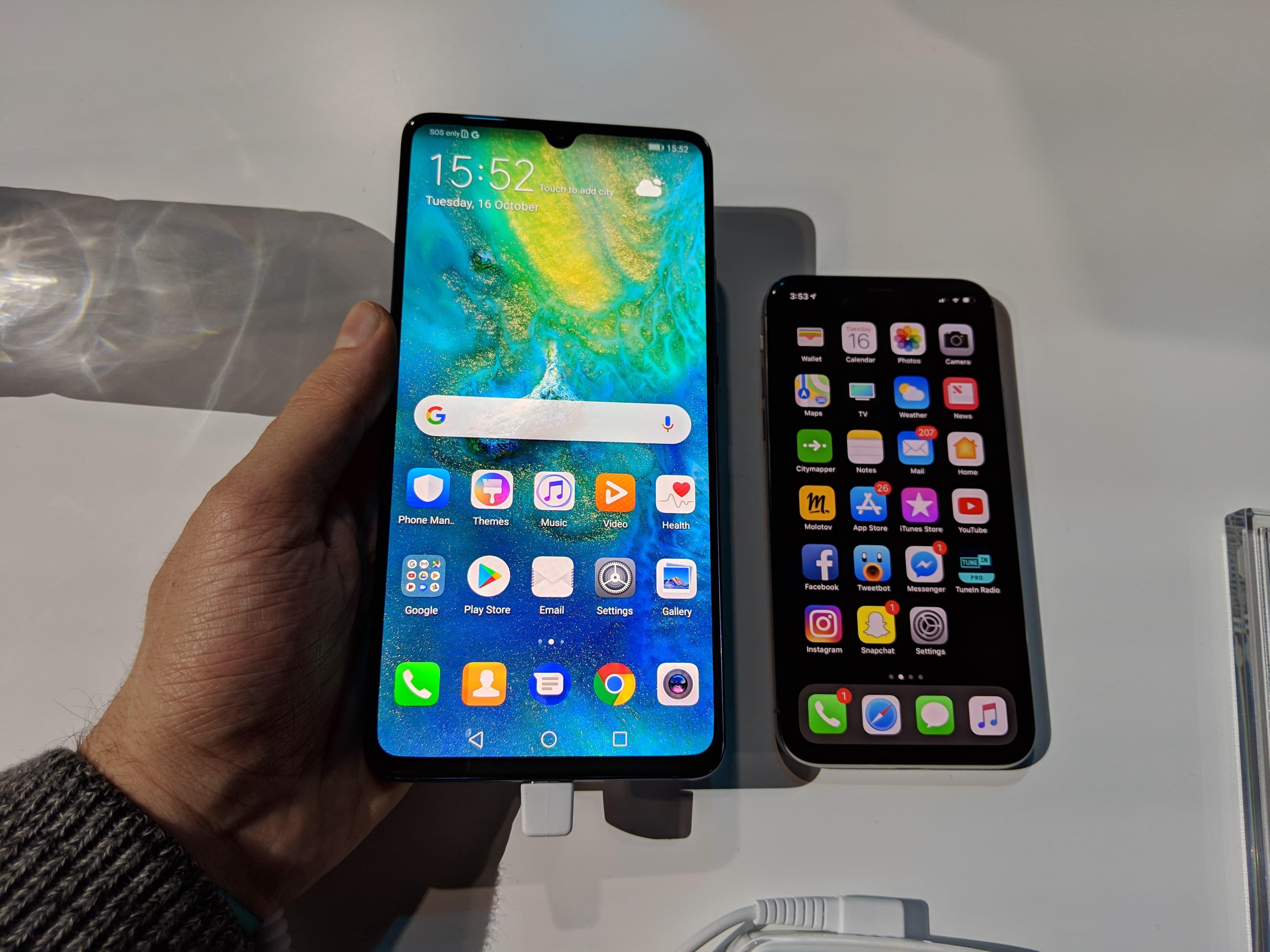 Mate 20 X Huawei Devoile Un Immense Smartphone Avec Un Ecran De Plus De 7 Pouces Phone Electronic Products