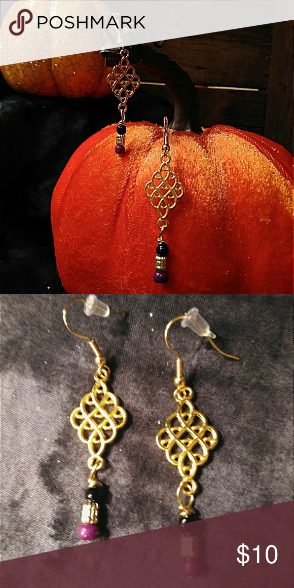 102545a13fb4a Gold charms & bead earrings Gold lattice charms with bead dangles ...