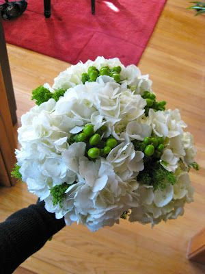 Our Florist Is Whole Foods Wedding Chicago Diy Flowers Tutorial Img 01902