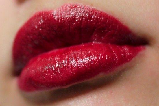 "NYX Round Lipstick ""Black Cherry"""