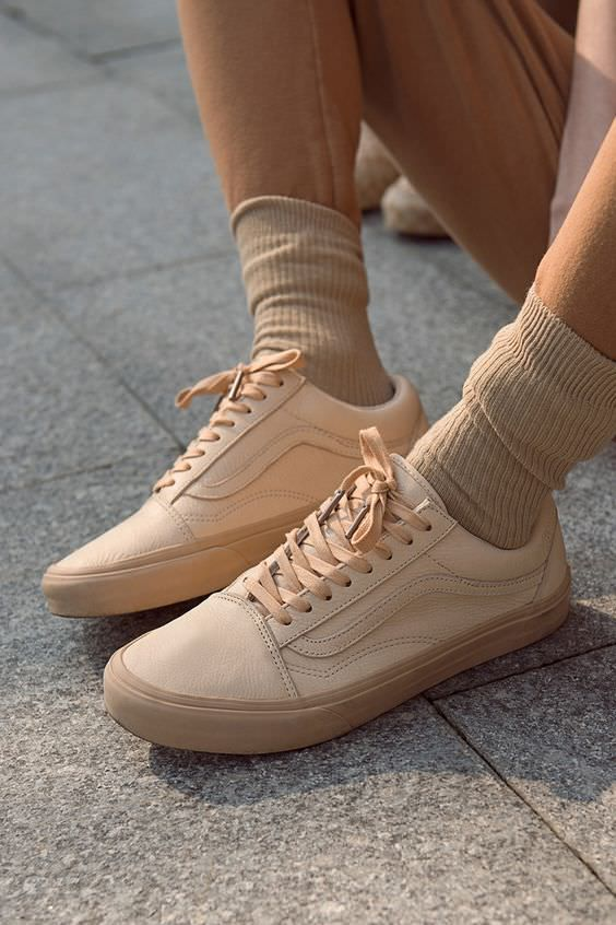 Pin by Haley Miller on style in 2020 | Tan sneakers, Sock