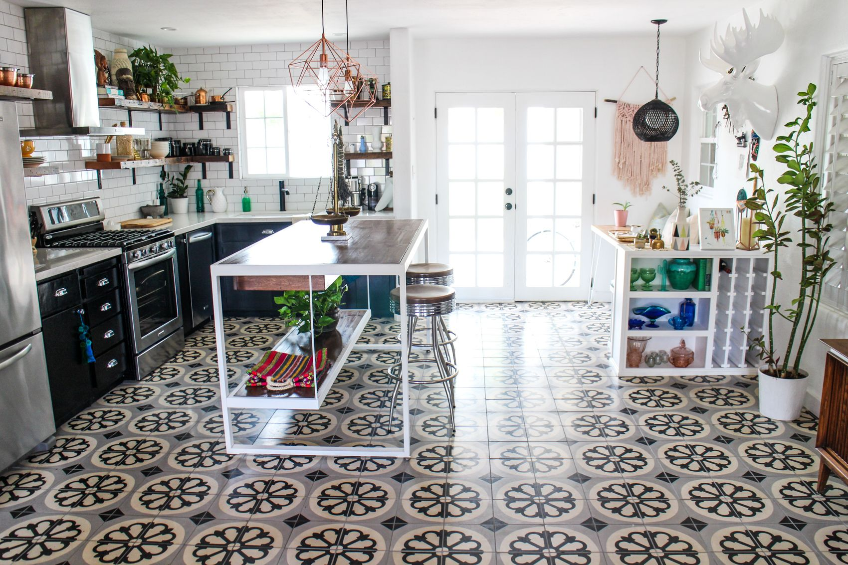 An eclectic and modern bungalow in phoenix arizona via design