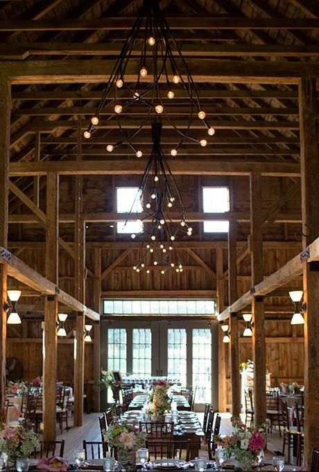 The Barn At Flanagan Farm In Buxton Maine Is Totally Refined Brides