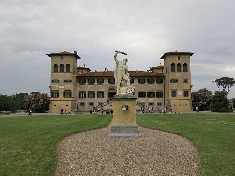 Toscana Ponsacco PI - Villa Medicea Niccolini di Camugliano #TuscanyAgriturismoGiratola