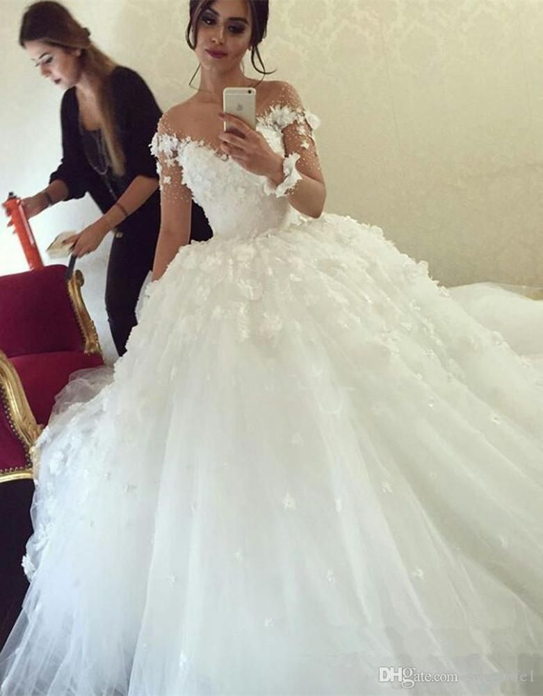2016 Long Sleeves Ball Gown Wedding Dresses Lace Appliqued Flowers