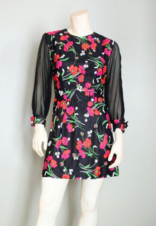 d6ea4b98d5 Vintage 1960 s flower Power Twiggy Mini Dress by PetuniaVintage ...