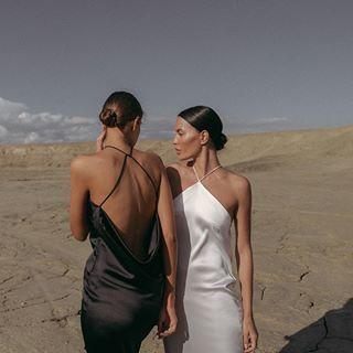 resort wear + fashion + beauty + tropical | Julie de la Playa