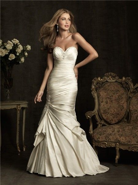 Cream Mermaid Bridal Gowns Sweetheart Ivory Satin Ruched Wedding Dress Corset Back