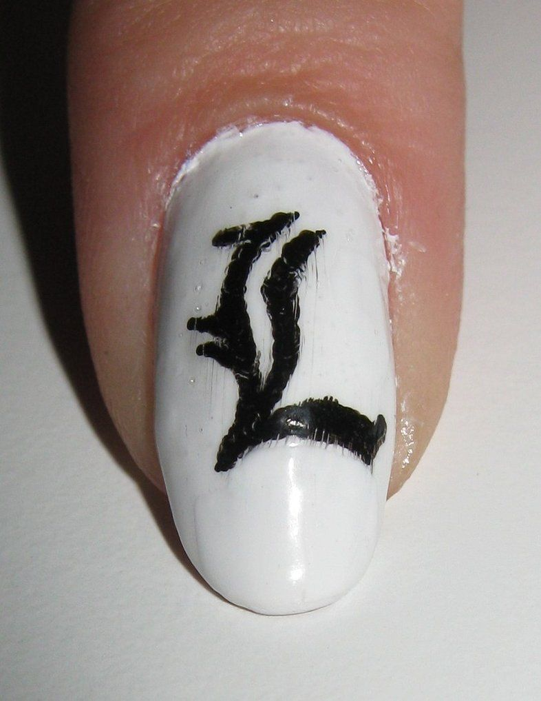 L for liv! black and white nails on every other nail | Liv\'s Pins ...