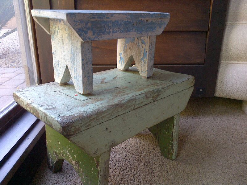 I Can Never Have Enough Primitive Stools Love The Colors