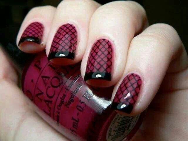 Black & Burgundy fishnet French mani ♥