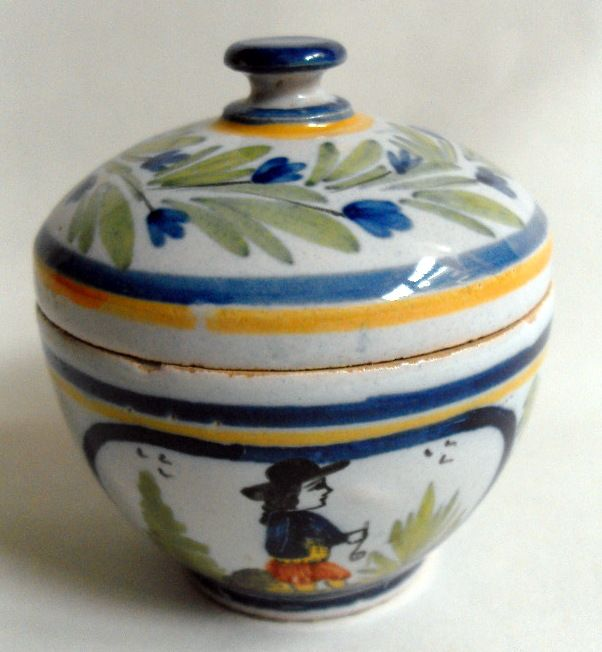 B7677 £SOLD to the USA (Jan 2013). Small Quimper Faience lidded pot with central figure detail