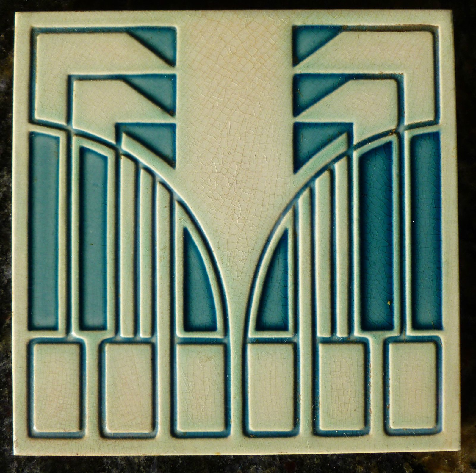 Pin by Beth Marsh on Art Deco & Art Nouveau - Tiles, drawings, vases ...