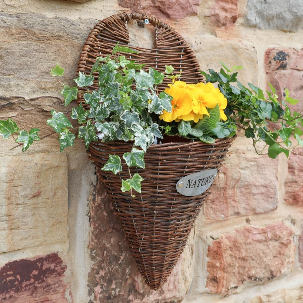 An Au Natural Willow Wall Planter Ideal For Use On The Outdoor Walls Of Your Home Simply Fill With Your Favourite Pla Wall Planter Garden Plant Pots Herb Pots