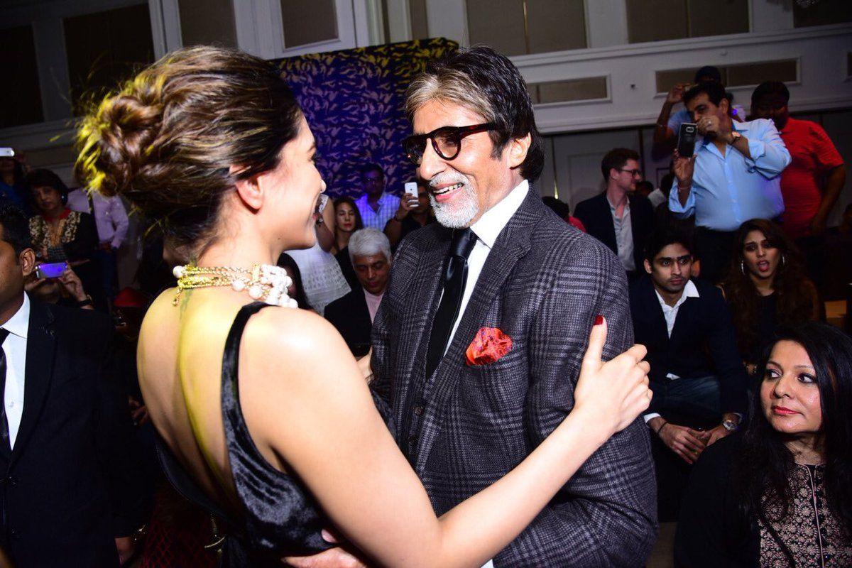 Deepika Padukone Farah Khan And Amitabh Bachchan You We Can Fashion Launch Deepika Padukone Farah Bollywood