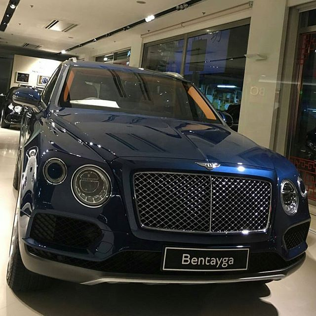 Bentley Bentayga Speed Beats Lamborghini Urus: Instagram Media By Bentley_fan
