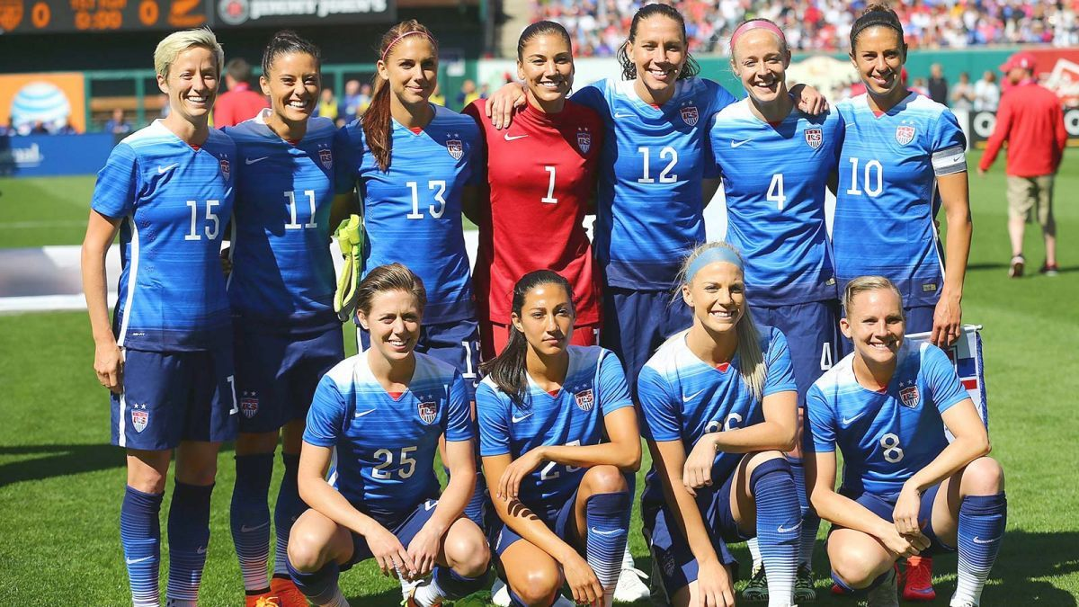 Usa Announce Women S World Cup Roster Opt For Experience And Youth Usa Soccer Women Women S Soccer Team Soccer Team