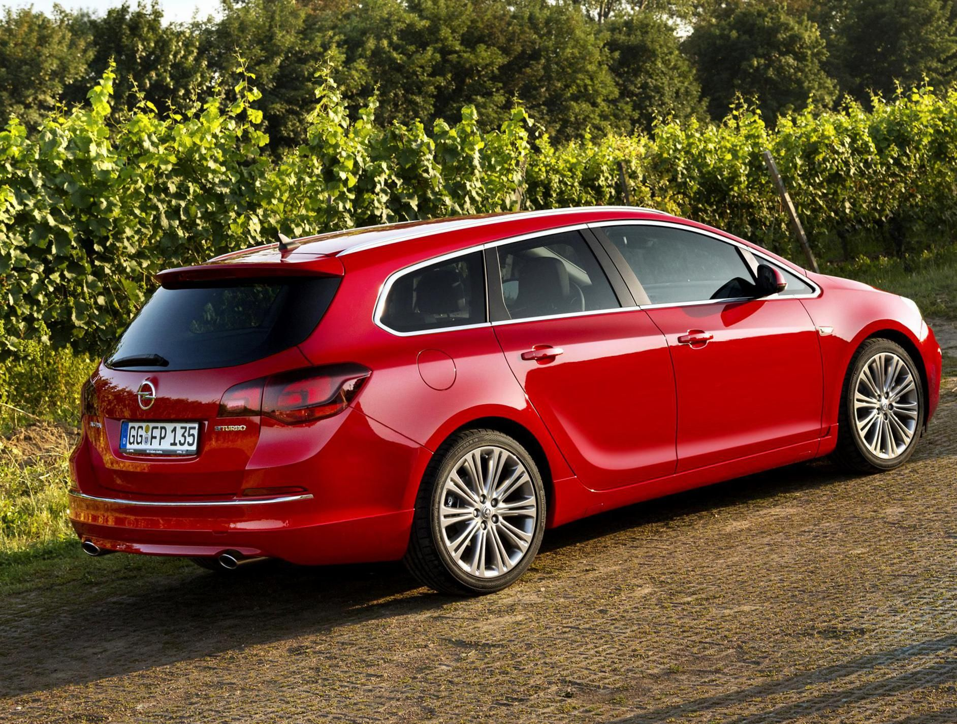 Opel astra j sports tourer review http autotras com peugeotmotors sports