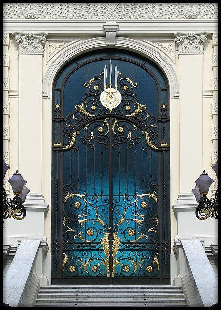 She Lived For Him Grand Entrance Doors Doorway Front Royal