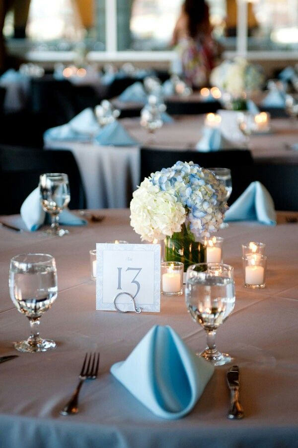 Beautiful Navy Blue And White Tablescape Wedding Table Decor Blue Table Settings Wedding Table Settings Wedding Table