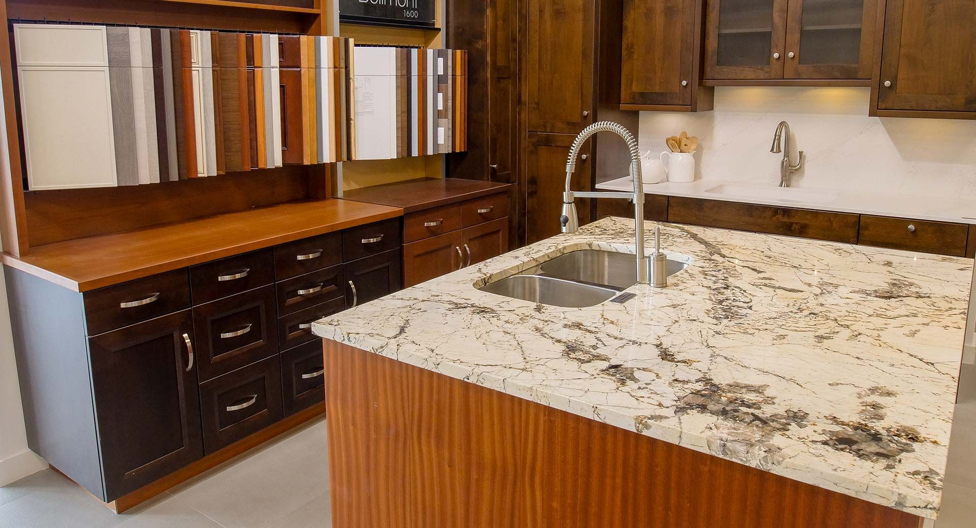 The Design Professionals At Trimline Design Center Can Help Select The Kitchen Cabinet Of Your In 2020 Kitchen Design Custom Kitchen Cabinets Kitchen Bathroom Remodel
