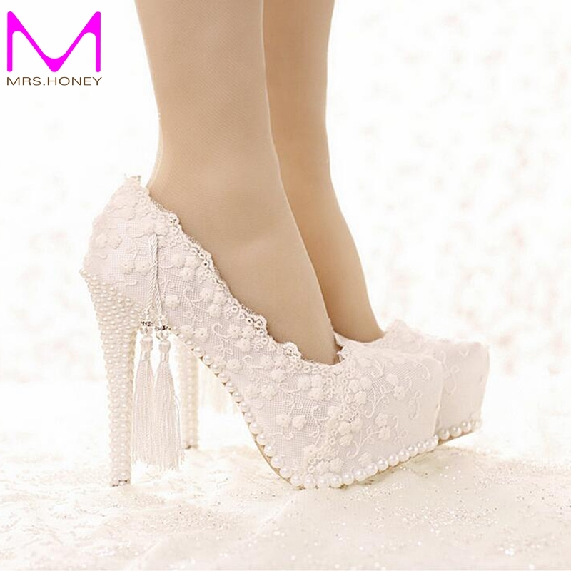 56.27$  Watch here - http://alig6y.worldwells.pw/go.php?t=32652284414 - Sweetness White Lace Bridal Dress Shoes Spring and Summer Lady High Heels Wedding Party Satin Shose Graduation Party Prom Pumps