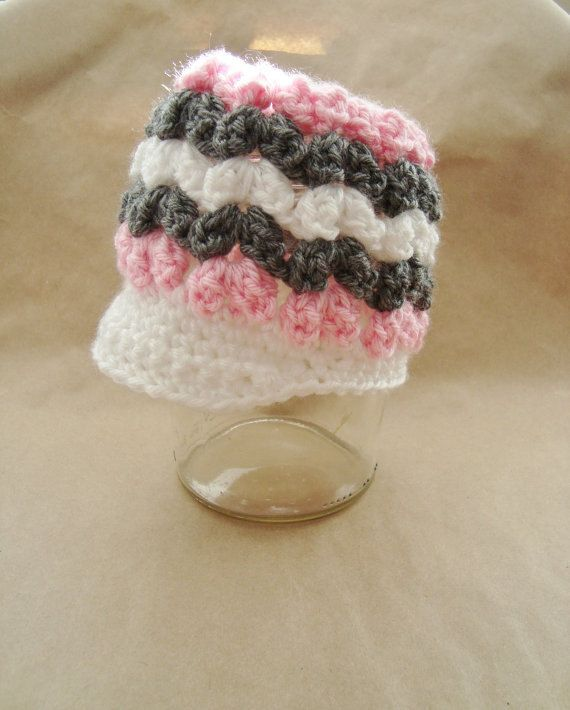 Popcorn Kisses Hat  PATTERN by mellonybester on Etsy, $4.00      I have this pattern.....very cute! : )