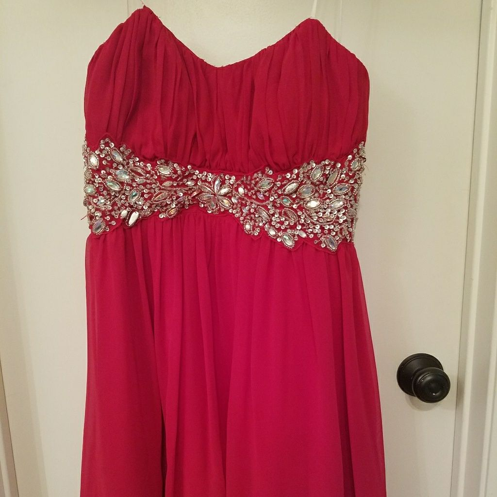 Red prom dress size and products