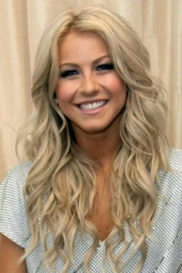 Curly Blonde Hairs Hairstyle Hairfashion Dolliehairextensions
