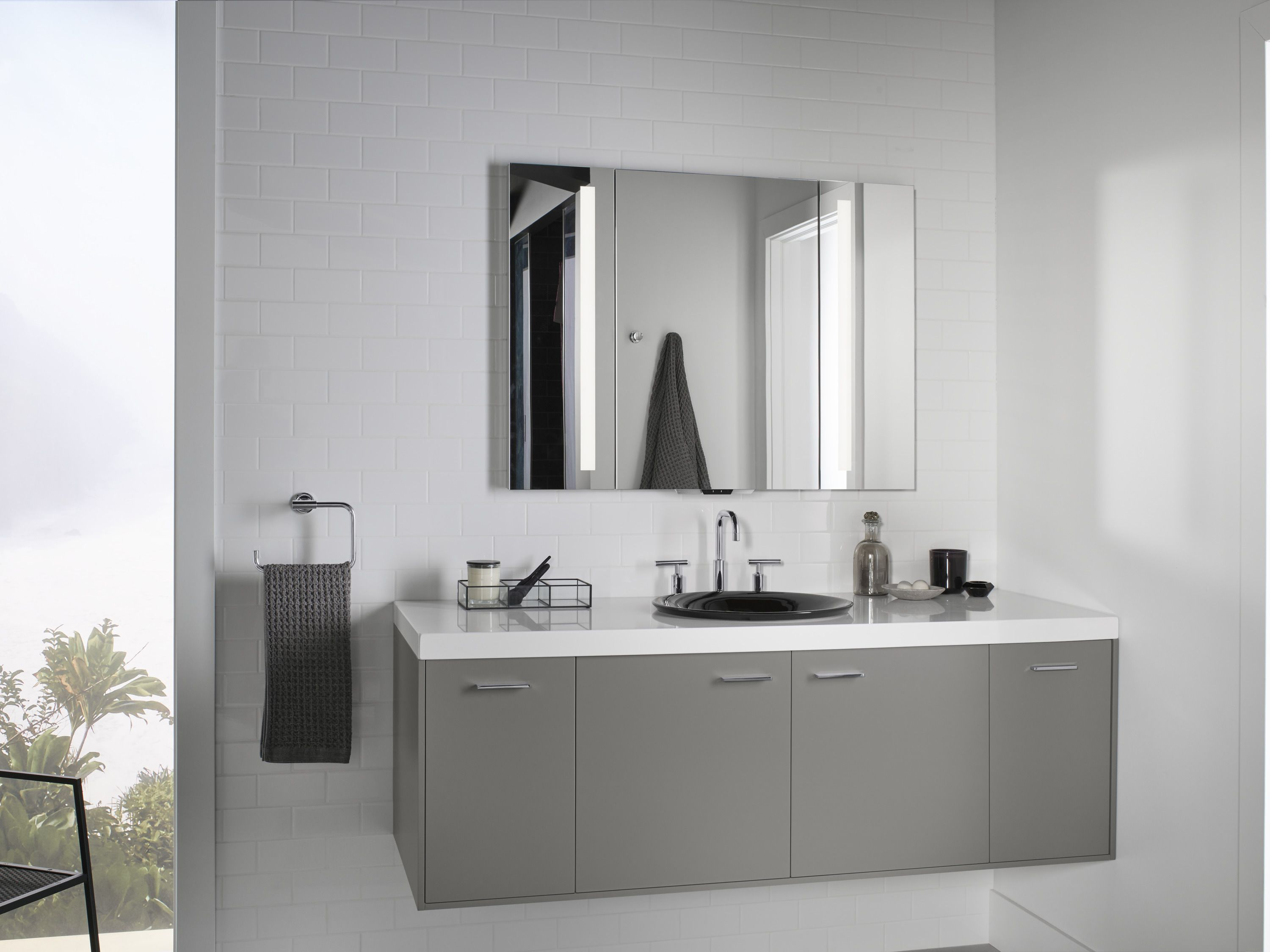 Verdera Voice Lighted Mirror With Kohler Konnect Lets You