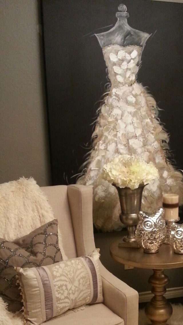 There's nothing quite like blending #bling and #cream tones with multiple textures. #Donnamossdesigns