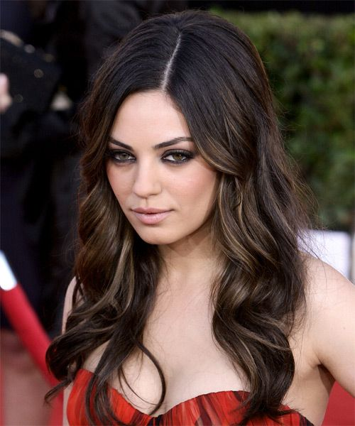 Mila kunis hairstyle long wavy hair styles for long dark mila kunis hairstyle long wavy urmus Image collections