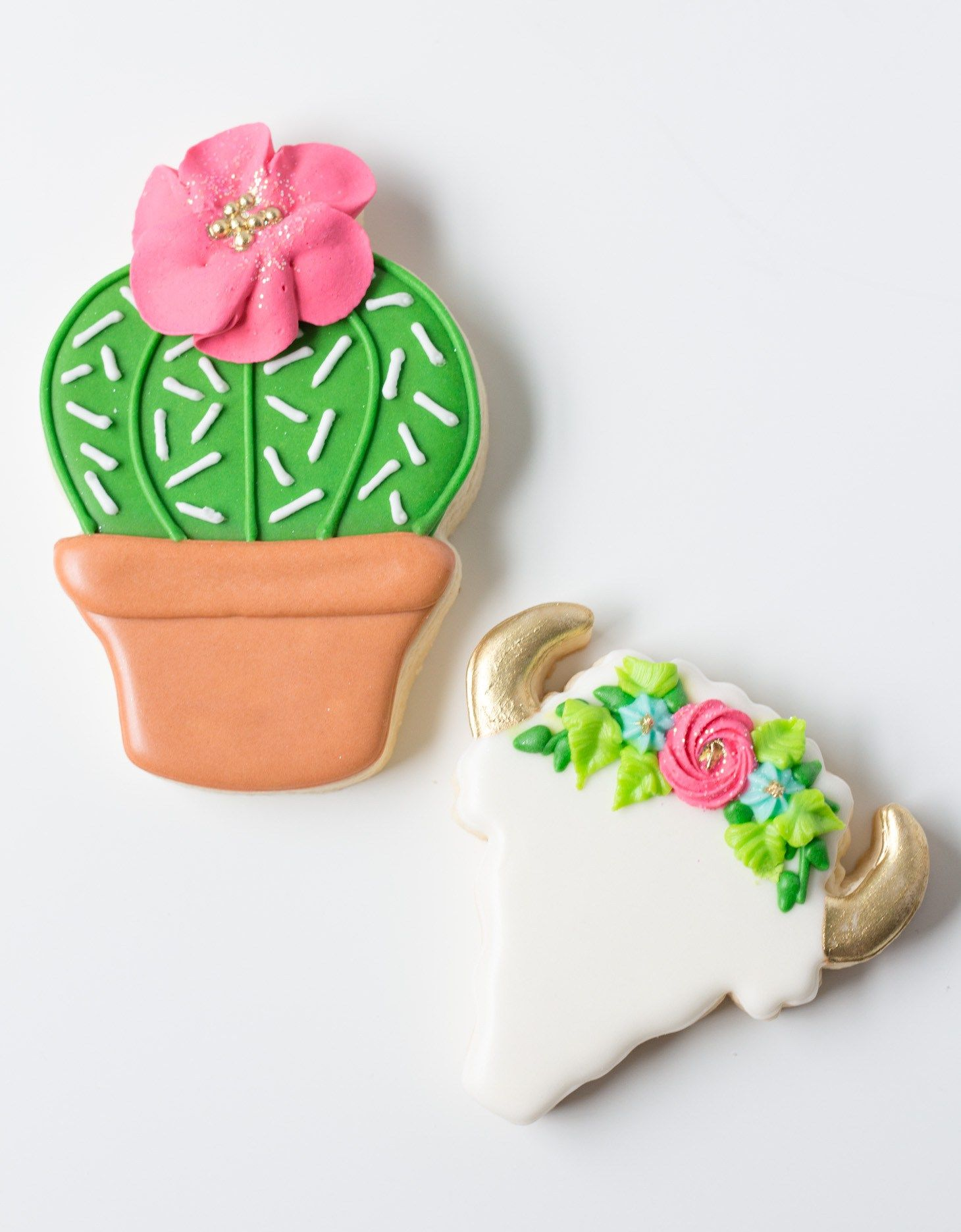 Cookies In Destin Florida Shares Her Tips For Baking And Decorating Sugar With Royal Icing They Are Perfect Mothers Day Birthday Parties