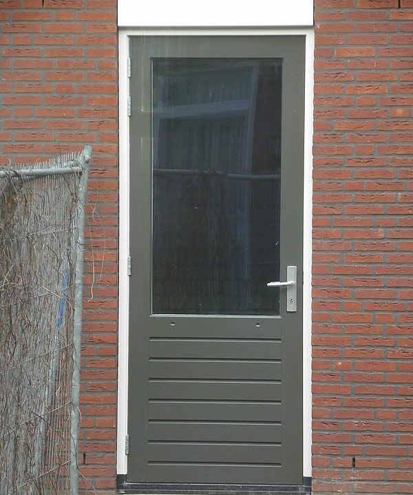 Buitendeur Op Maat.Houten Buitendeuren Op Maat Van Aarle Kozijnen Buitendeuren