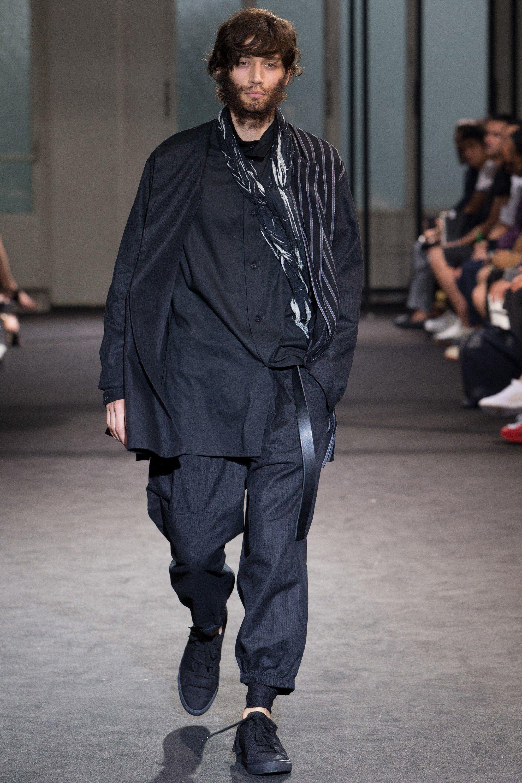 Yohji Yamamoto Spring 2017 Menswear Fashion Show Vogue Menswear Men Fashion 2017 Yohji Yamamoto