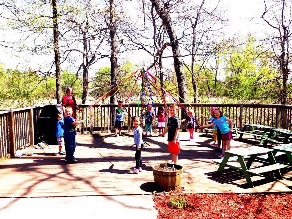 Child Day Care Centers Miniapple Montessori Minneapolis Mn Kids Daycare Montessori School Montessori