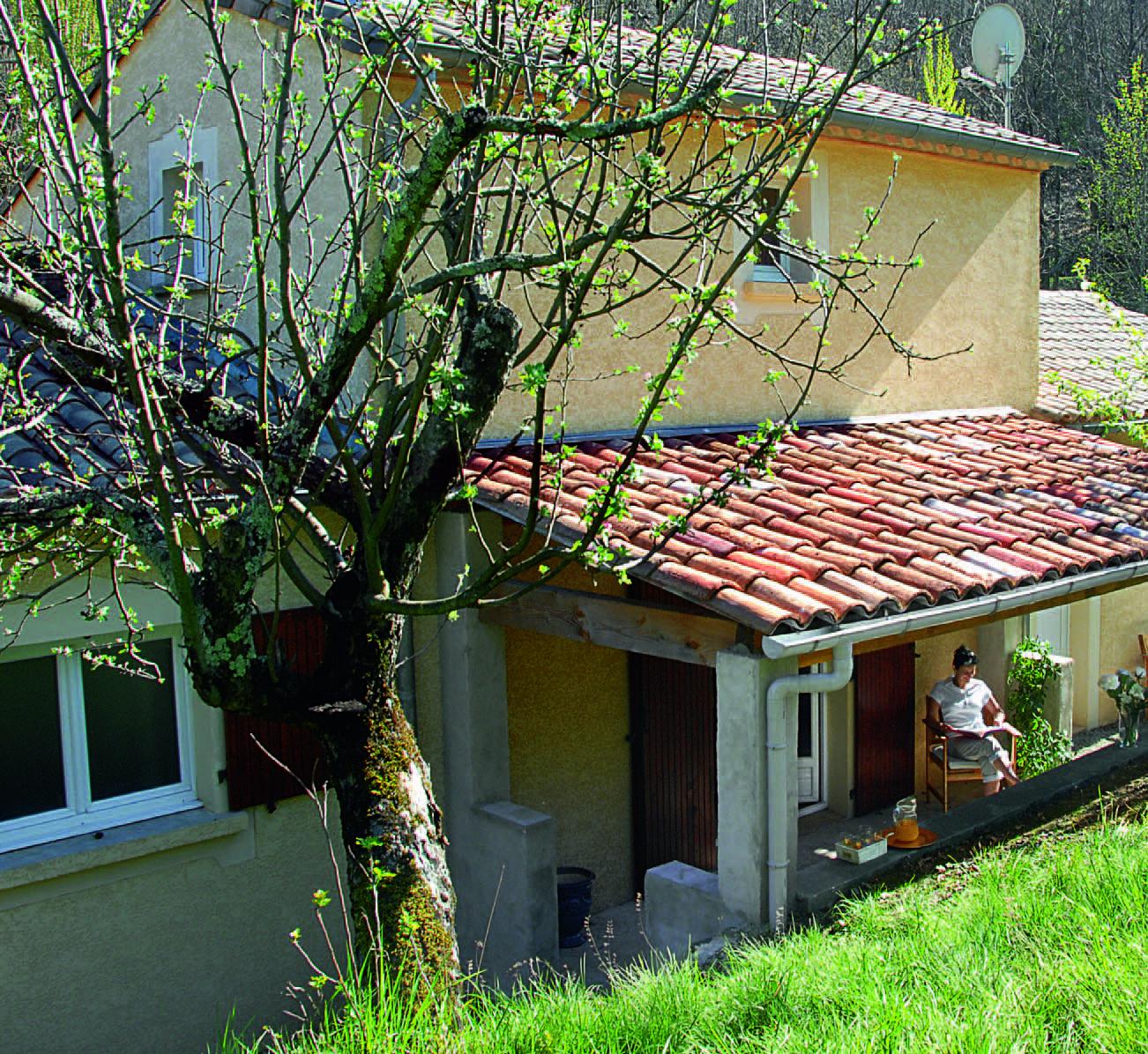 Couvrir Une Terrasse Permis De Construire construire un auvent en bois sur poteaux maçonnés : tutoriel