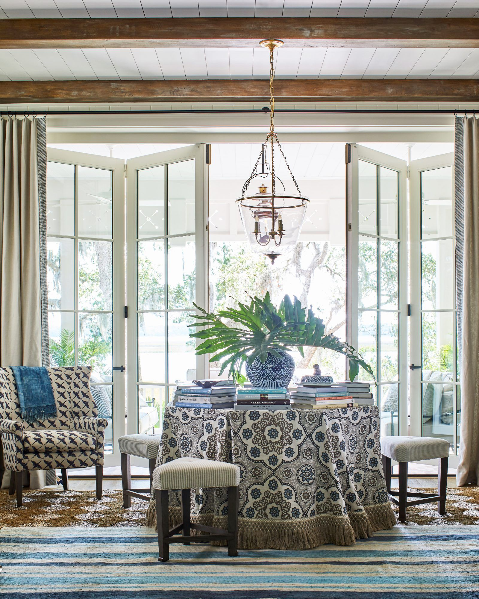 Tour The Ultimate Southern Dream House Southern Living Homes Southern Living Magazine Home Decor