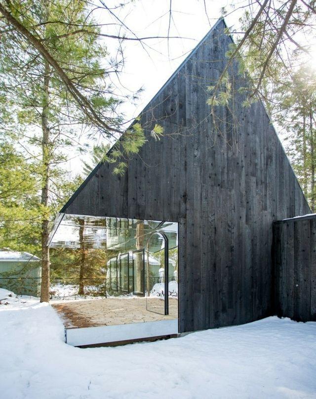 zweist ckiges haus zeder verkleidet holz terrasse. Black Bedroom Furniture Sets. Home Design Ideas