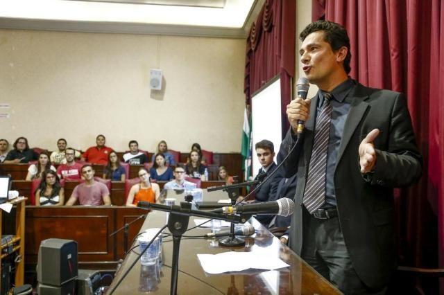 Folha Política: A história de Sergio Moro, o juiz que sacudiu o Brasil com a Lava-Jato