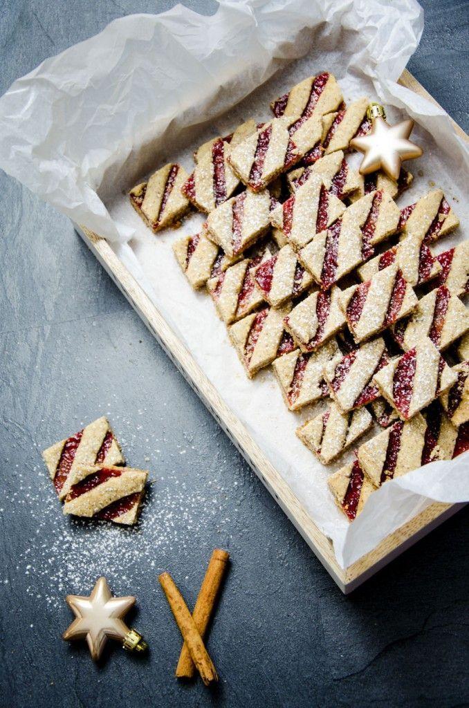 Linzer Streifen (Weihnachtskekse) - Baking Barbarine #cinnamonsugarcookies