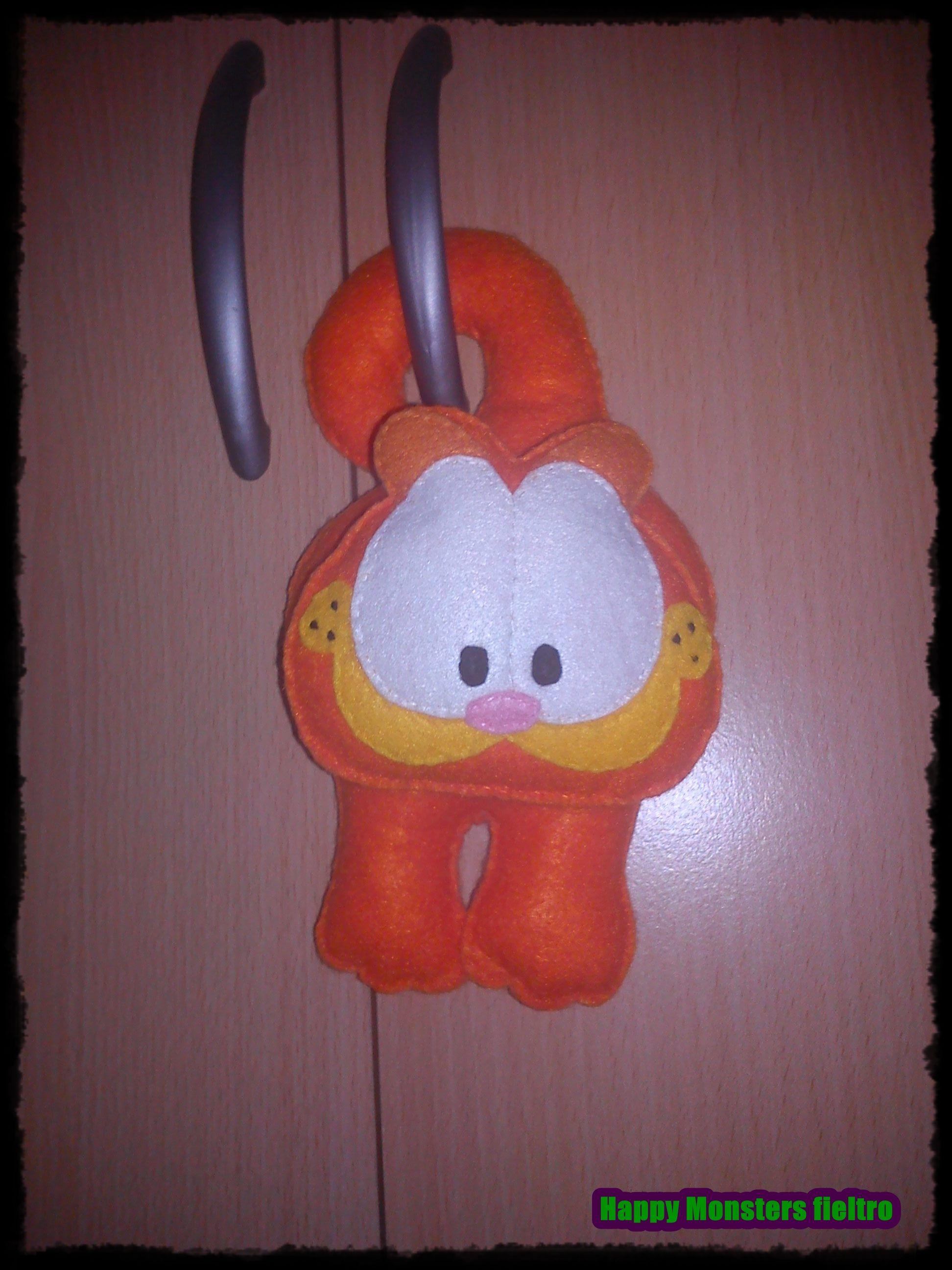 Colgador de puerta, gato naranja hecho en fieltro a mano. Por Happy monsters fieltro