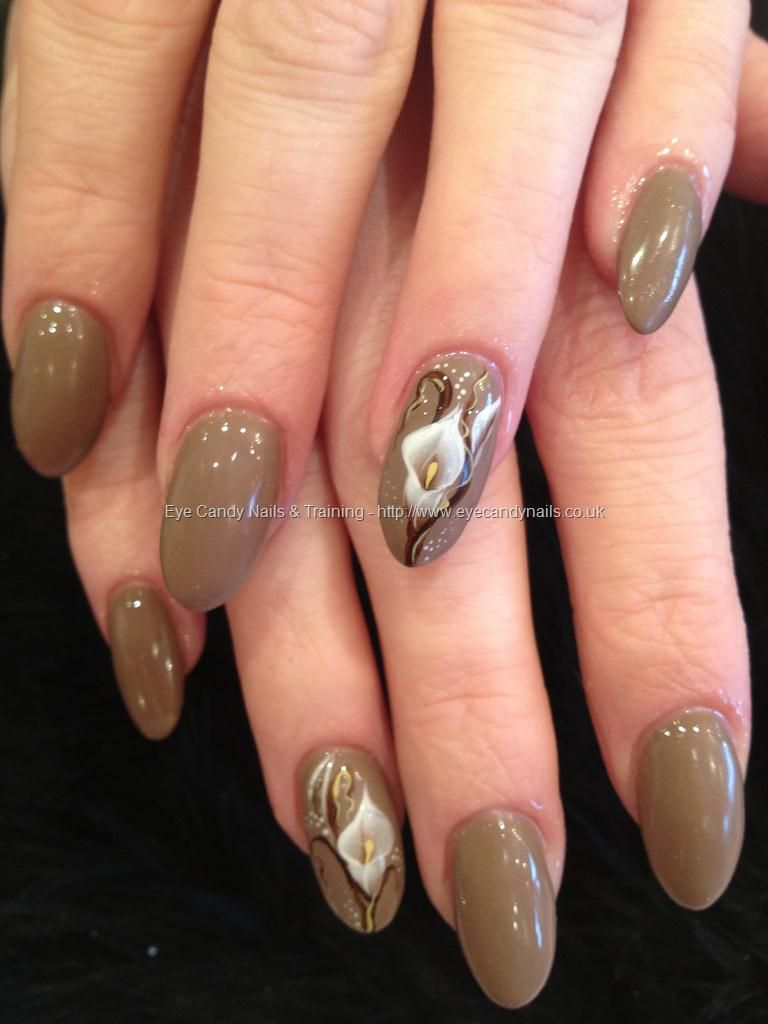 Tan Mink Polish With White Calla Lily 1 One Stroke Nail Art Free
