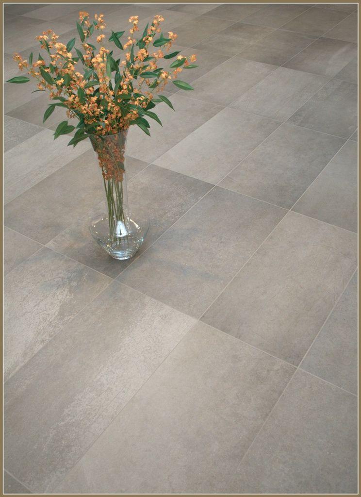 Grote strakke beton look tegels 40x80cm vloer pinterest - Grijze wand taupe ...