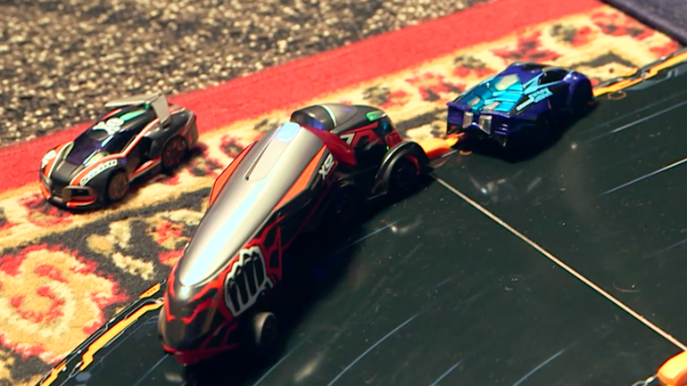 Anki Overdrive's X52 Supertruck is ready to rule the race