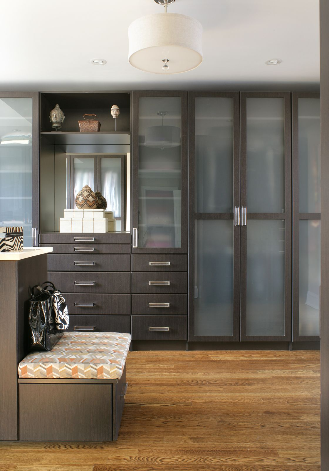 In This Modern Dressing Room The Clients Desired A His And Her Arrangement In This Closet That Requi Dressing Room Design Build A Closet Custom Built Closets