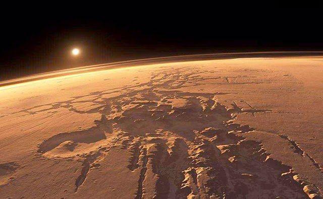 CHEFE DA NASA diz: A Vida já existiu e PODE AINDA EXISTIR em MARTE – [VÍDEO] | Extraterrestres ARQUIVO